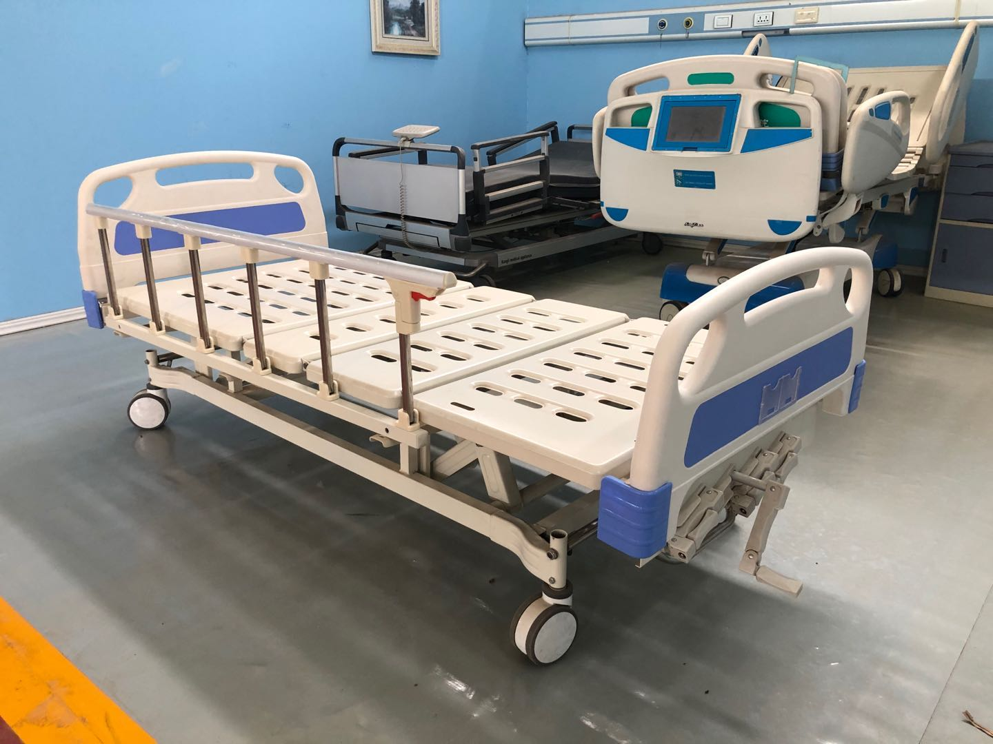 four crank hospital bed for sale